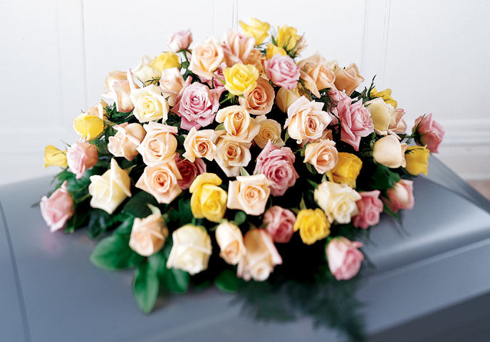 Rose Tribute Flowers Casket Spray